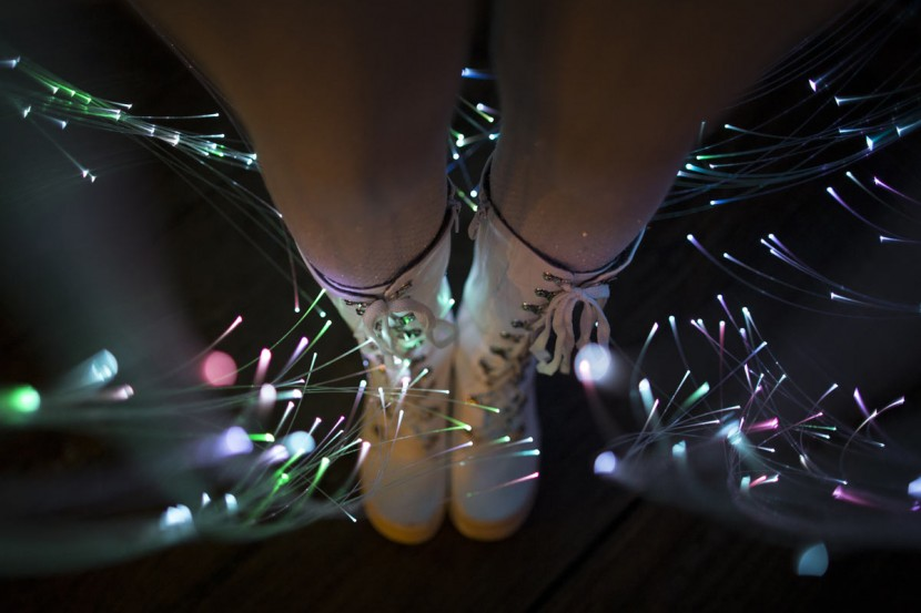 fiber-optic-dress6.jpg