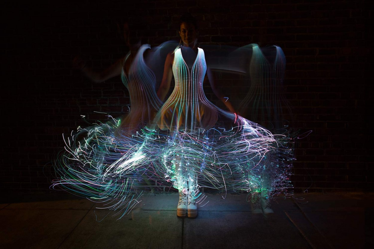 fiber-optic-dress2.jpg